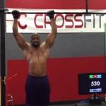 Un crossfiter de 54 años realiza 4.321 pull-ups en 24 horas