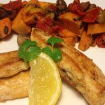 Pollo con patatas asadas y verduras